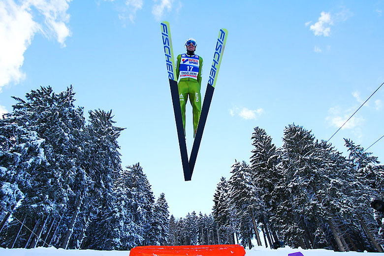skispringen spielen holmenkollen