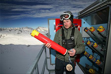 Reportage: So werden Skipisten gesichert