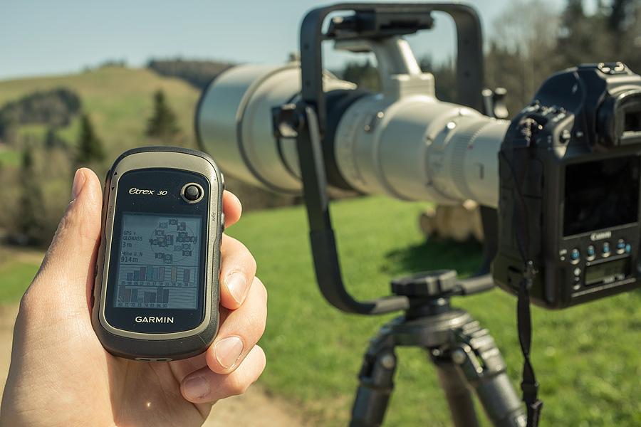 Koordinaten Standortüberprüfung vor Ort mit einem Garmin GPS am Nachmittag.